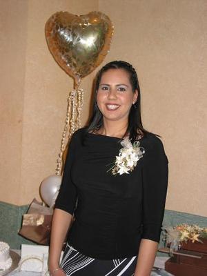 <u><b>13 de febrero</u></b><p> Martha Candelas Ramírez fue despedida de su soltería, con una divertida fiesta