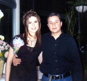 Bety Esparza y Raúl Arredondo contraerán matrimonio