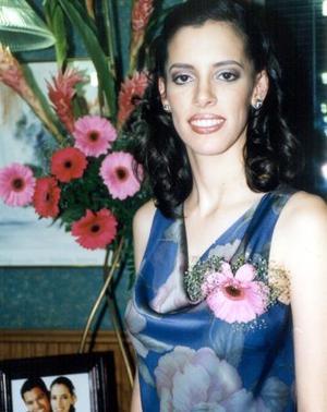 Claudia Verónica Herrera Martínez durante su despedida de soltera