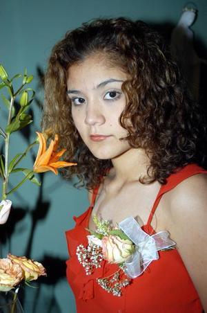 <u><b>17 de febrero</u></b><p> Cindy Gianina Alvarado Herrera, captada en la despedida de soltera que le ofrecieron en días pasados.