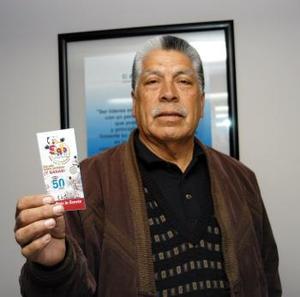El último en reportarse fue Francisco Aristeo Carrillo de la colonia Centro quien acudió a las instalaciones de esta Casa Editora con su esposa Ofelia Saucedo.
