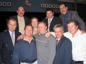 Mariano Chacón, Ricardo Olivares, José Antonio Martínez, Federico Sáenz, Carlos Gamboa, Ricardo López, Arturo Velázquez, Juan Carlos Ruenes y Miguel Ángel Echavarrí.