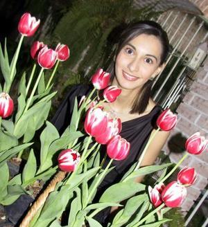 <u><b>18 de febrero</u></b><p> Layla Reyes Pámanes disfrutó de una despedida de soltera.