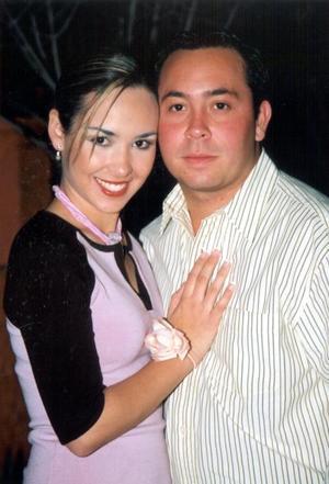 Anaís Anaya Córdova y Héctor Assaf Jaime Chufani contrajeron matrimonio el 21 de febrero de 2004.