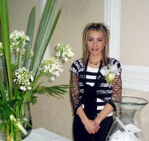 Marisol Jiménez Rodríguez captada en la fiesta de despedida que le organizaron.