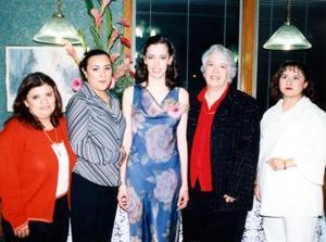 Anabel de Martínez, Fabiola de Martínez, María Guadalupe de Martínez y Heriter de Martínez invitadas a la despedida de Claudia Herrera Martínez.