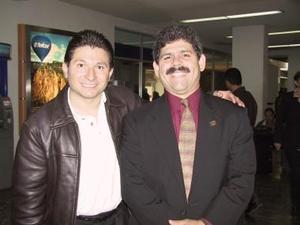 Mauricio González llegó del Distrito Federal y fue recibido por Pablo del Valle.
