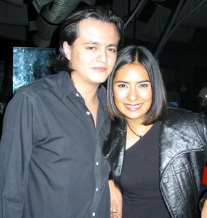 Paco Arroyo y Mona González.