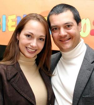 Érika de la Peña de Cantú y Javier Cantú Gómez llegaron de Monterrey para radicar en Torrón.