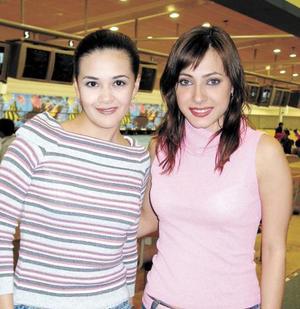 Gerogina Gómez Reynoso y Edna Monroy Caballero.