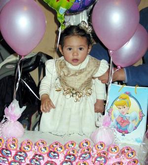 La pequeña Daniela Jiménez Perez festejó su primer cumpleaños con un convivio infantil.