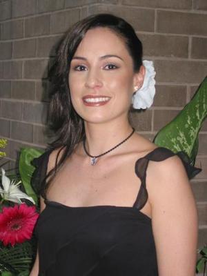 Bella lució Itziar Muguerza Rodríguez en la despedida de soltera que el ofrecieron.
