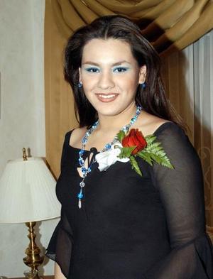 <u><b>27 de febrero</u></b><p> Señorita Esperanza Soto Alonzo captada en una de las despedidas de soltera que le ofrecieron.