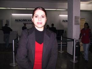 <u><b>26 de febrero</u></b><p> Con destino al Distrito Federal, viajó Catalina Ortega.