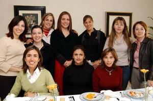 <u><b>26 de febrero</u></b><p> Piedad de Reynoard, Franciela de Castillo, Irene de Fernández, Laura de González, Ana Isabel de Raigosa, Mariela de Bercovich, Griselda de Garza, Gaby de Díaz, Claudia de Villarreal y Ana de Anaya.