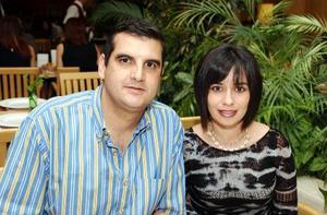 Aldredo Murra y Anabel Carrillo.