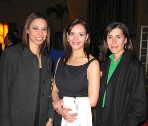 Alejandra Muñoz, Claudia de Olmos y Eugenia Izaguirre