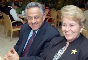 Jaime Gutérrez Pesquera y Susana Schott de Gutiérrez.