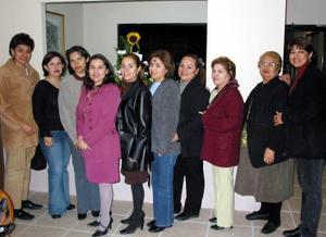 <u><b>28 de febrero</u></b><p> Ana Sánchéz, Anayansi Bazón, Adriana Cano, Isela Montes, Mónica de Córdova, Cecilia Cázares, Bertha de Bazón, Andrea Bazán, Magdalena Reyes y Bertha de Reyes.