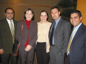 Eduardo Correa, Ana R. de Correa, Cristina de Dovalina, Luis Dovalina y Juan Carlos Gómez.