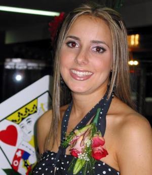 <u><b>28 de febrero</u></b><p>  Regina Setien Valenzuela durante su despedida de soltera
