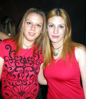 Sofía y Angie Villarreal.