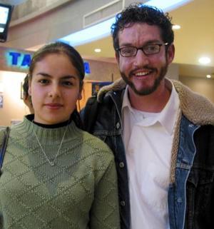 Mayra Hernández y Abraham Ortega.