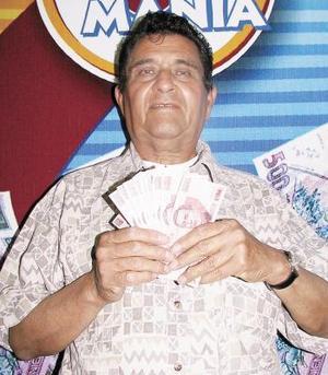 A Jorge Jaime Murillo Longoria la suerte lo sorprendió al ser un afortunado de la séptima semana de la Siglomanía; desde que inició el juego lo sigue, diariamente compra su periódico y lo lee desde hace cincuenta y cinco años.