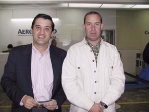 <b> <u> 01 de marzo </u></b> <p>José Luis González fue despedido por Florentino Gil, antes de viajar a Atlanta, Georgia.