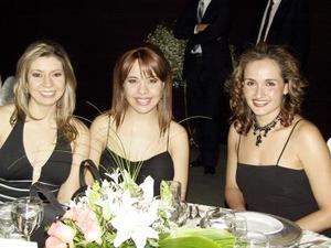 Katia Ruiz, Mary Carmen Martínez y Rebeca Castro.