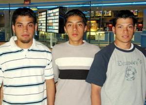 Pablo Hernández, Jesús Saucedo y Aarón Hernández.