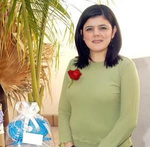 Alejandra Borrego fue despedida de su soltería en días pasados, con motivo de su próximo matrimonio.