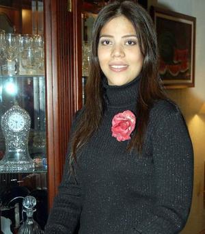 Bety Wong Armendáriz, captada en una de las despedidas de soltera, que se le organizaron  por su próximo matrimonio.