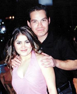 Yéssica Guzmán Méndez y Rogelio Adame García contrajeron matrimonio el 06 de marzo de 2004 .