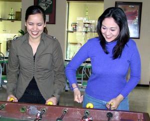 Claudia Anabel Ruiz y Angélica Velez Sandino.