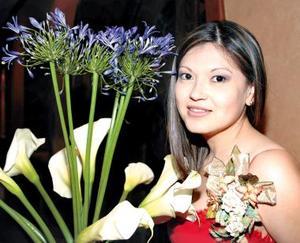 <b><u>04 de marzo </b></u><p> Por su próximo matrimonio, ofrecieron un convivio a Mary Ortiz Delgado.