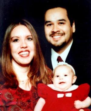 Carlos Alberto Ramírez Mejía, joven lagunero que reside en Missouri, EU, desde hace tres años con su esposa Sya Ramírez y su peuqeña hija Lauryn.