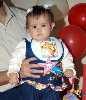 La pequeña Alex Lilian Martínez Rodrìguez festejó su cumpleaños en días pasados, con un agradable convivio.
