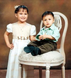 La niña Itzel Guadalupe Chenag Ibarra festejó su cuarto cumpleaños acompañada de su hermanito Alan Alejandro Cheang Ibarra.