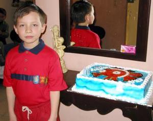 Almed Jessel Chao Babún cumplió diez años en fechas pasadas y los festejó con un agradable convivio.