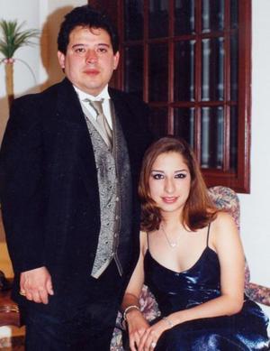 Abraham Linares y Jeannine Linares.