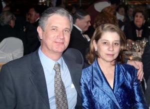 Alejandro Canedo y Elba A. de Canedo.