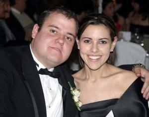 Cesar Villalobos y Mónica Martínez.