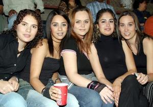 Mariana Padilla, Marcela Castillo, Julia Salazar, Sonia García y Chelito Macías.