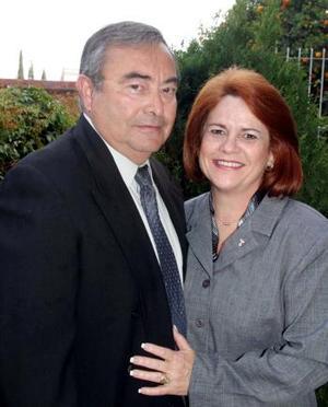 <b><u>08 de marzo </b><u><p> Wenceslao Villarreal y Patricia Torre de Villarreal festejaron 31 años de casados.