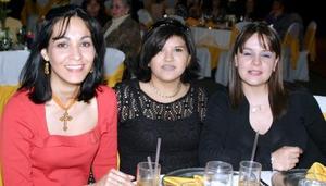 Anel Magaña de Elías, Diana de Estrada y Sofía de Negrete.