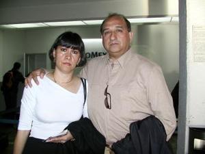 <b> <u> 09 de marzo </u></b> <p> Para atender asuntos de trabajo relacionados con el sector educativo viajaron  a Ciudad de México, Mary Carmen Ojeda y Francisco Arrañaga.