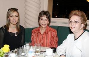 <b><u>09 de marzo </b><u><p> Vanesa González de Tamayo, Desdémona García de González  y Gloria Humphrey de Ruiz.