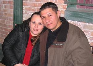 Valeria Flores de Ochoa e Hiram Caleb Ochoa.
