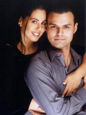 Martha Georgina Candelas Ramírez y Salvador Valenzuela Puentes contrajeron matrimonio recientemente.